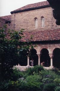 cloisters03vsmall.jpg