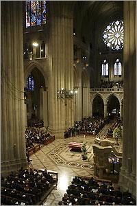 061104_reagan_cathedral3